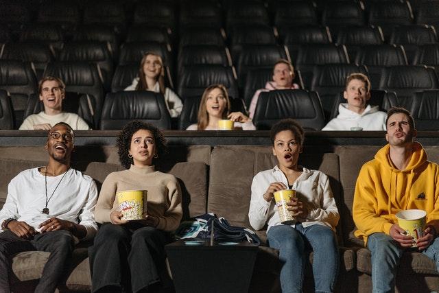 Dónde buscar películas para ver en familia